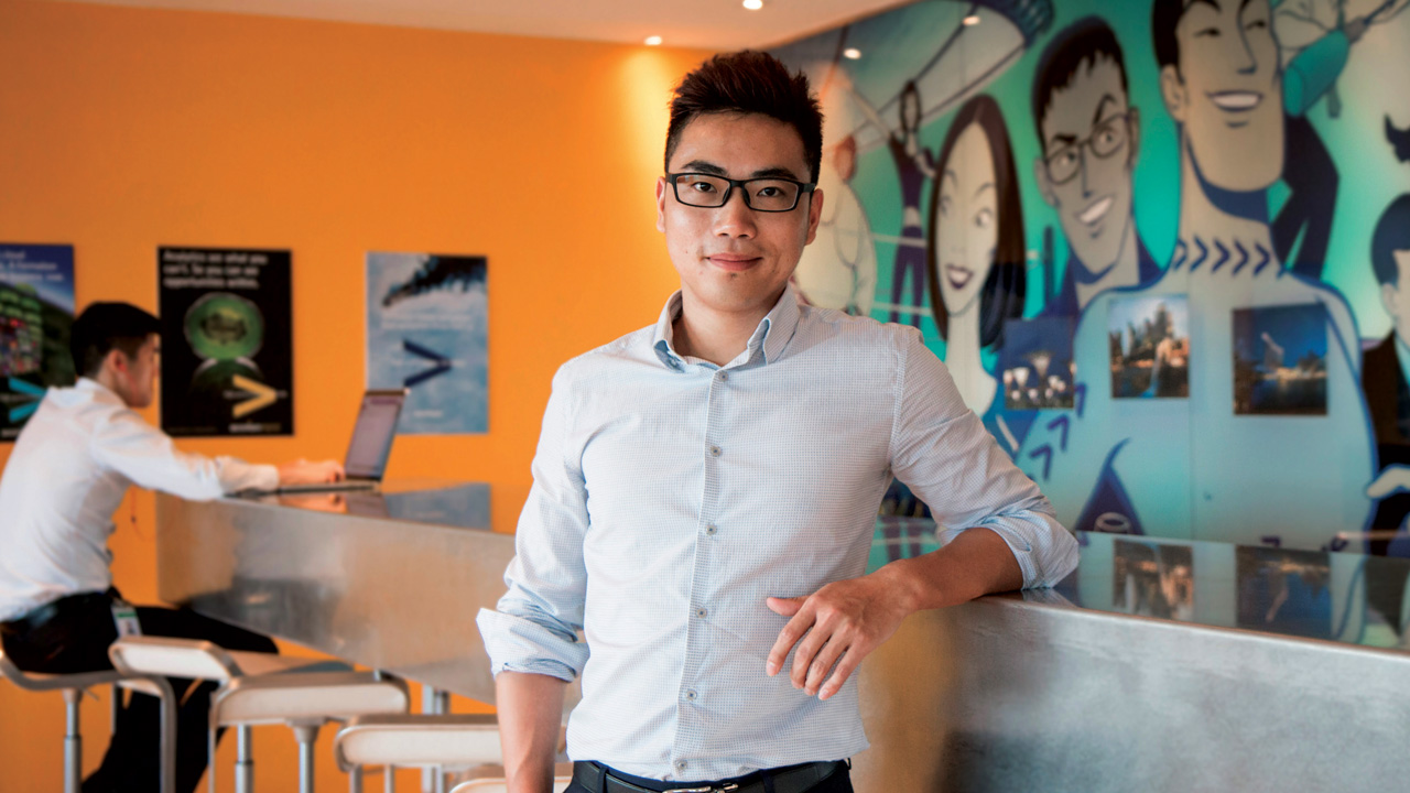 SIT alumnus Lu Deng Yun is progressing well in his career with Accenture after taking up the Earn and Learn programme.