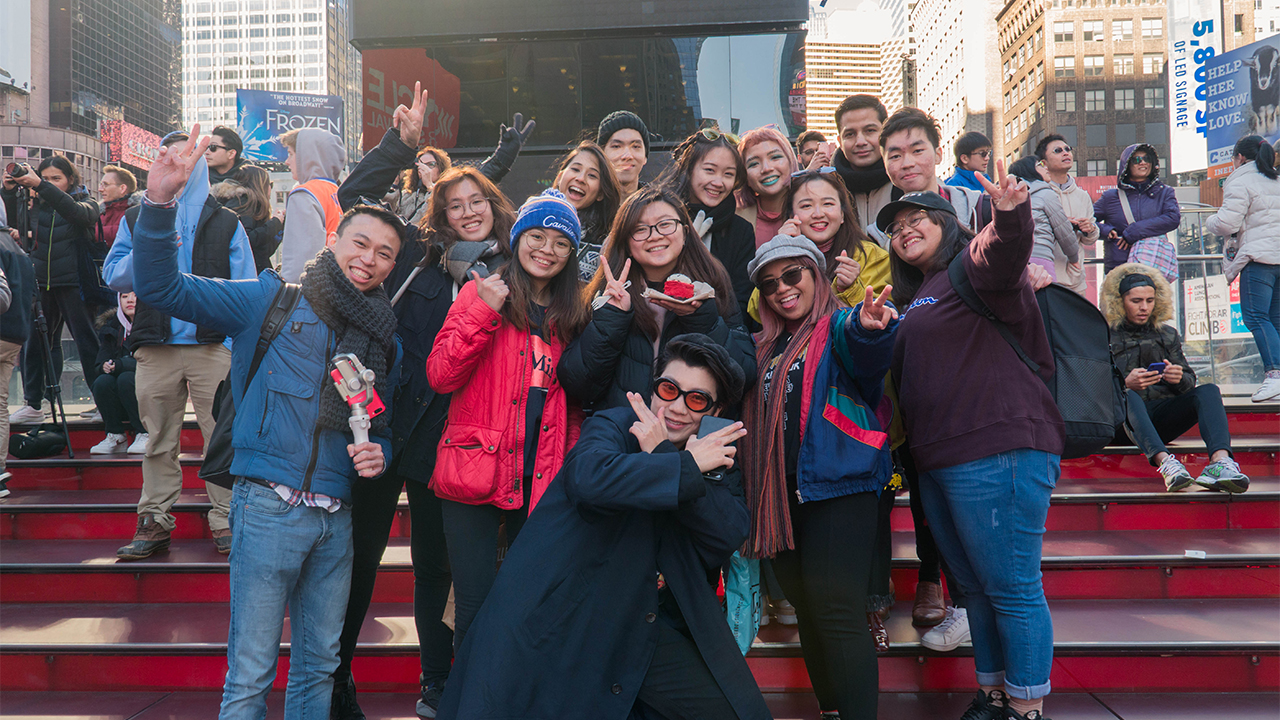 NewYork.SG Participants at Times Square surprising our MGBD student Valery Seng on her 21st Birthday in New York!